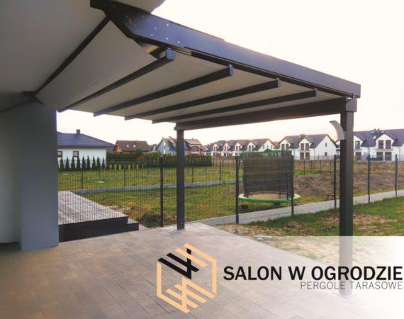 pergola tkaninowa solid dach z tkaniny otwierany nad tarasem markiza salonwogrodzie