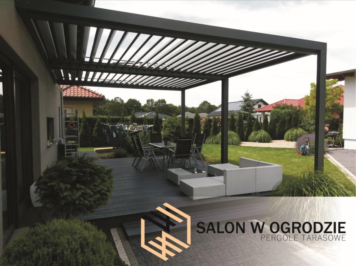 zadaszenie aluminiowe tarasu pergola aluminiowa zabudowa salon w ogrodzie